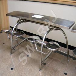 Stainless Steel Dining Table In Pune स्टेनलेस स्टील