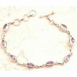 Graceful Amethyst Bracelet in 925 Sterling Silver
