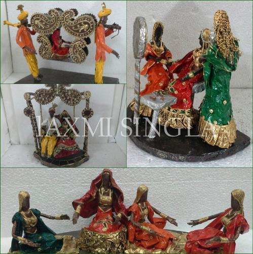 Paper mache motives at rs 2500 pieces kagaz ki lugdi ka hath paper mache motives junglespirit Images