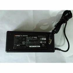 SCOMP Laptop Adapter Toshiba 15v 3A