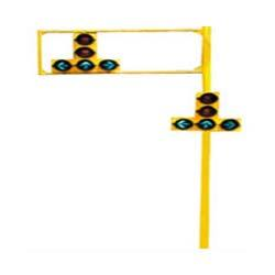 Custom Traffic Signal Pole