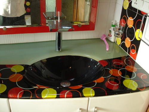 Glass Wash Basin And Mirror