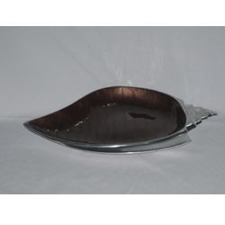 Shell Shaped Bowls