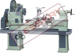 Semi Automatic Medium Duty Lathe Machine KM-2-215-50