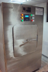 Steam Sterilizer with Formaldehyde Cycle