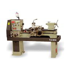 Fostex Semi-Automatic Light And Medium Duty Lathe Machine