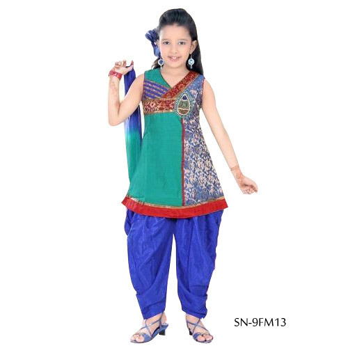 kids-punjabi-suits-500x500 Punjabi Dress for Kids- 30 Best Punjabi Outfits for Children