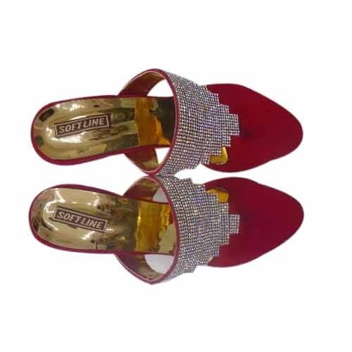 eee5ac8537a Designer Ladies Sandals - Golden Color Designer Ladies Sandals ...