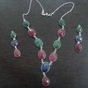 Trandy Bezel Necklace Set