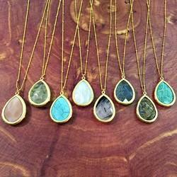 Gemstone pendant in mumbai gemstone pendants aloadofball Image collections