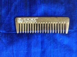 10-15 gm Wood Comb