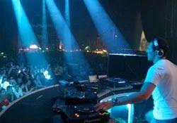 DJ & Live Band