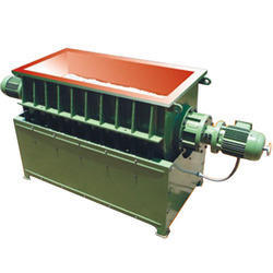 Vibratory Trough Finishing Machine