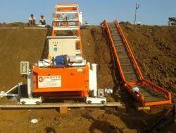 Canal Lining Machine