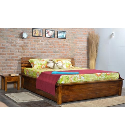 King Size Bed With Two Bedside Tables