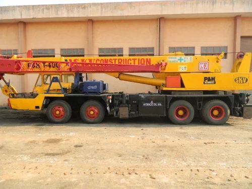 P&H T-400 (40 Ton), Telescopic Crane Hiring Services