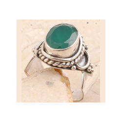 Green Onyx in 925 Sterling Silver Ring