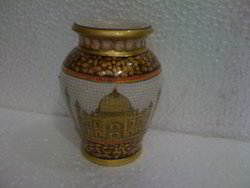 Lota Vase with Taj Mahal