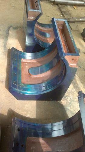 Swinging rough roller mills