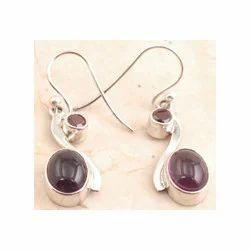 Elegant Garnet Earrings in 925 Sterling Sliver