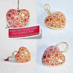 Red Chinar Leaf Design - Holiday Christmas Decoration Heart