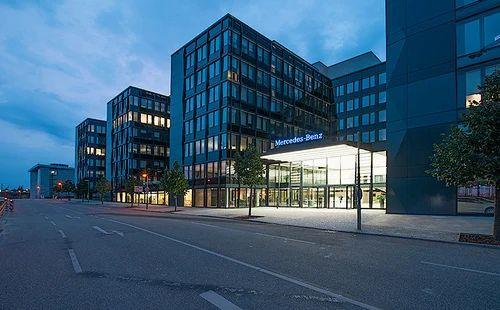 Mercedes-Benz Berlin, Germany Projects & Weltbild Verlag ...