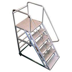Charmant Mobile Statue Broad Step Aluminium Ladder