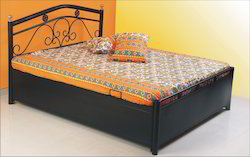 Wrought Iron Bedroom Bed