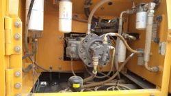 Komatsu PC-200 Hydraulic pumps