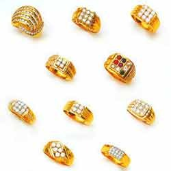 6ed4ee520697b Gents Gold Ring