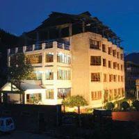 Manali Volvo Hotel Sitara Intl Package
