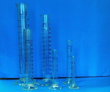 Glass Laboratory Cylinders