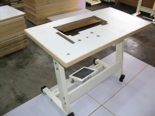Superbe Table For Industrial Sewing Machine