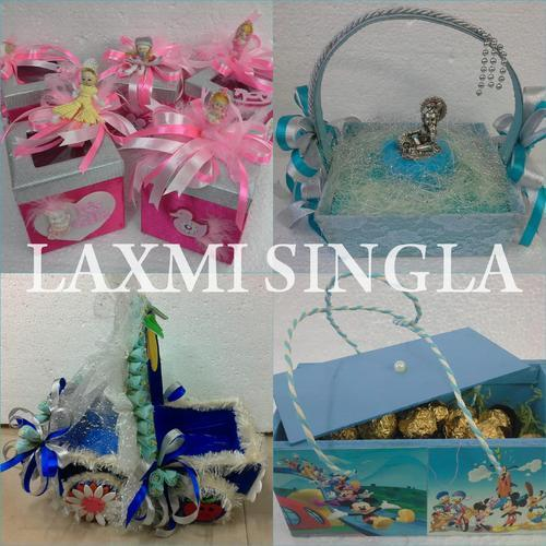 baby gifts goldiggers guests for pixels ba shower india return x photo ideas gift in