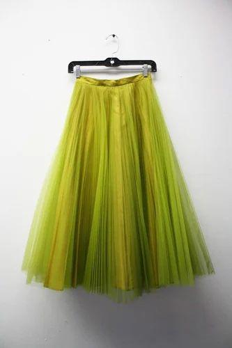 Simple Design Girls Skirts, गर्ल्स स्कर्ट - Ush Creations, Delhi   ID:  9736719433