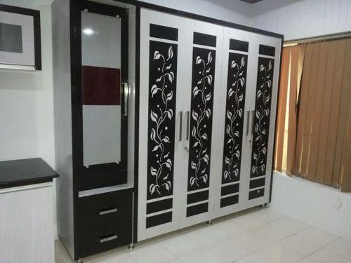 Modular Bedroom Wardrobe At Rs 700 Square Feet