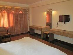 Personal AC/Non AC Hotel Booking, Maximum 62, In National & International