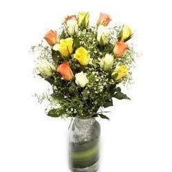 Mix Roses in Glass Vase