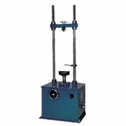 Load Frame Capacity 5000 KGF.(Motorized) 6 Speeds