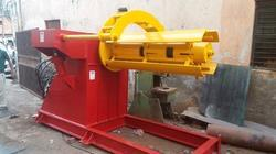 Hydraulic Motorized De- Coiler with Hold Arms