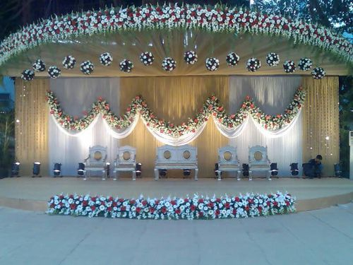 Stage decoration wedding stage decorator prashant florist mumbai stage decoration junglespirit Gallery