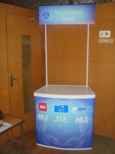 Abs Plastic Promotional Table Size 32 Quot L X 32 Quot W X 15d Rs