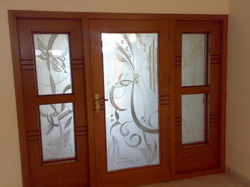 Transparent Designer Door Glass, For Home,Office, Thickness: 12 Mm