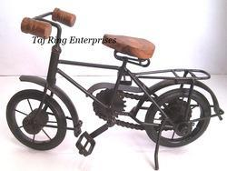 Wrought Iron Decorative Cycle