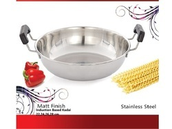 White Round Induction Based Kadai, For Home And Gifting