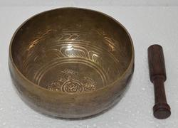 bronze carving singing bowl