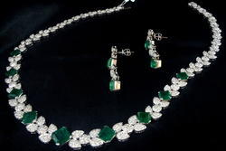Diamond Studded Necklace Set With Natural Emeralds