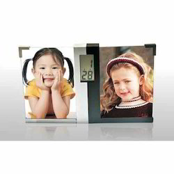 LCD Photo Frame Clock