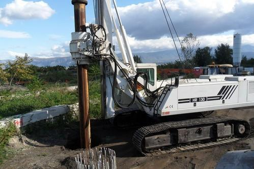 Hydraulic Piling Rig Rental Services - Pilling Rig On Rent