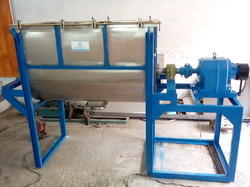 Pharmaceutical Ribbon Blender 500 liter SS 304 STD Model
